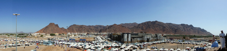 KSA: MEDINA, SAUDI ARABIA - APRIL 20, 2016 : Mount Uhud (In Panorama Mode) Is A Mountain North Of Medina, Saudi Arabia. It Is 1,077 m (3,533 ft) High And Was The Site Of The Battle of Uhud Which Was Fought On 19 March, 625 AD
