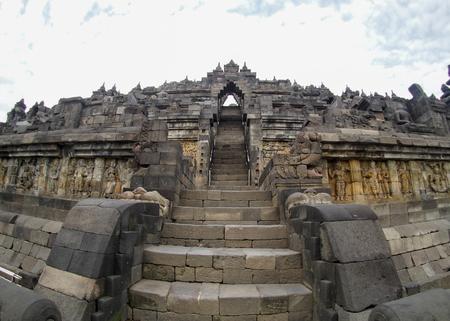 A fisheye view of the ancient temple of Borobudur near Yogyakarta, Indonesia. Standard-Bild