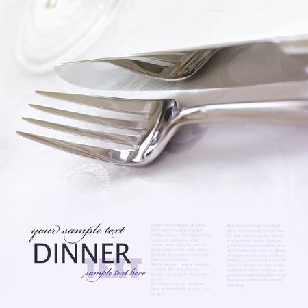 luxe: Fourchette et couteau � la mise �l�gante table