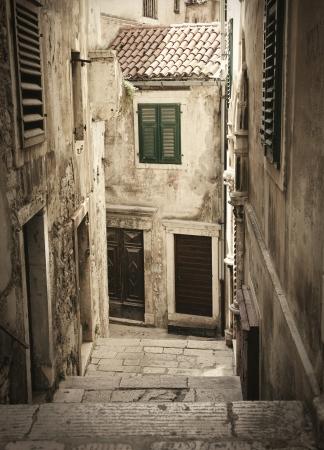 Stone middeleeuwse oude steegje