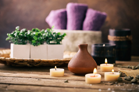Spa and wellness setting with flowers and towels. Dayspa nature products Imagens - 37109645