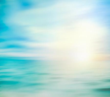 Zomervakantie achtergrond. Zomer oceaan met zand. Strand met golven op zee. Stockfoto