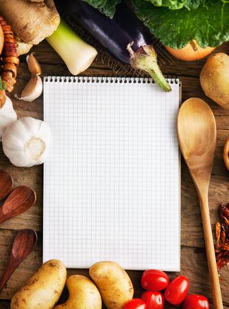 Vegetables on wood 스톡 콘텐츠