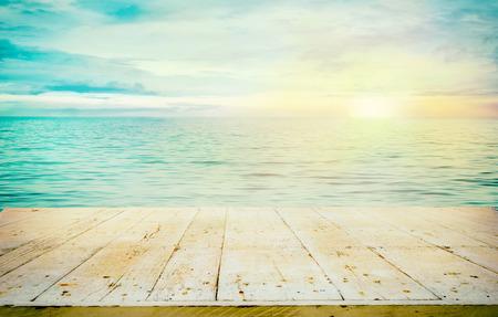 Oceaan met zonsondergang Stockfoto