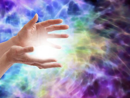 universal love: Energ�a curativa Electrizante Foto de archivo