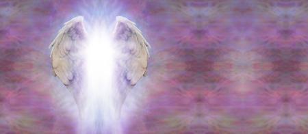 ange gardien: Ailes d'ange bannière et Lumière Banque d'images