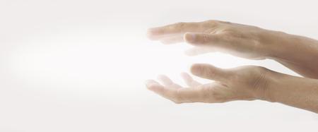 energie: Strahlend Reiki heilende Energie Lizenzfreie Bilder