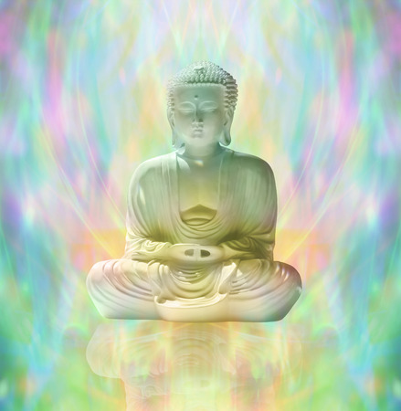 universal love: Buda en la meditaci�n pac�fica Foto de archivo