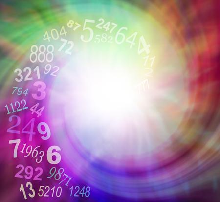 Los números en espiral Energía - aumento exponencial del número al azar transparentes giran hacia el centro de un campo de energía en espiral multicolor etérea con un montón de espacio de la copia Foto de archivo - 56095791