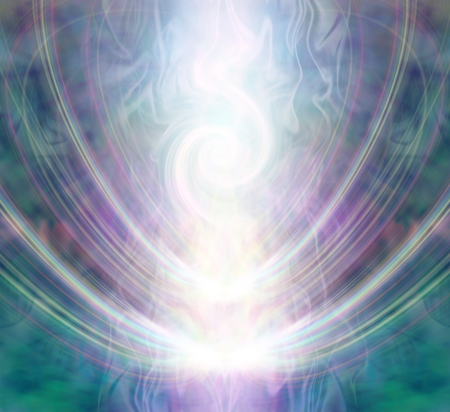 hermosa energía de vórtice espiral espiral - forma blanca que forman una forma de polvo de sangre radiante a través de un campo de color púrpura del gas de la plata