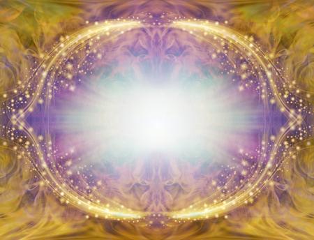 Cadre de bordure angélique étincelant or et violet - éclat de lumière centrale entouré d'une bordure ovale symétrique blanche et violette étincelante avec une riche bordure en or