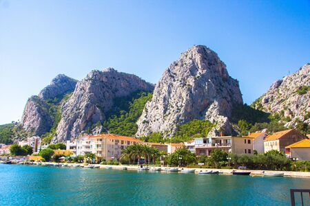 Quiet little town of Omis, Croatia. Scenic view at coastal town Omis, picturesque summer touristic place on Adriatic Sea in Croatia. 版權商用圖片