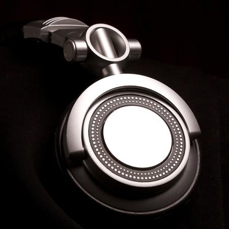 audifonos dj: dj auriculares en negro