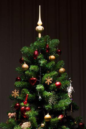 moltitudine: -Albero di Natale con una moltitudine di decorazioni  Archivio Fotografico