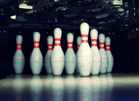 straight pin: bowling pins closeup