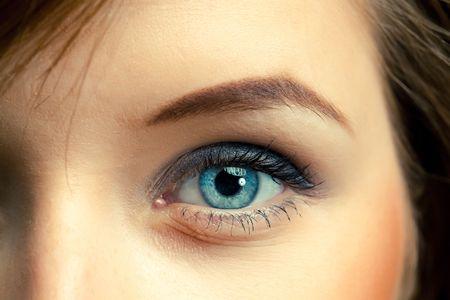 eye closeup: blue eye