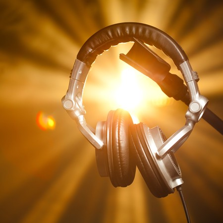 musica electronica: auriculares profesionales