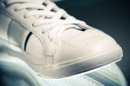 sport shoe: sport shoe