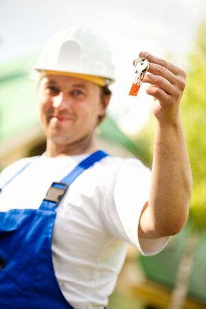 builder manager delivering the house Stock Photo - 7352490