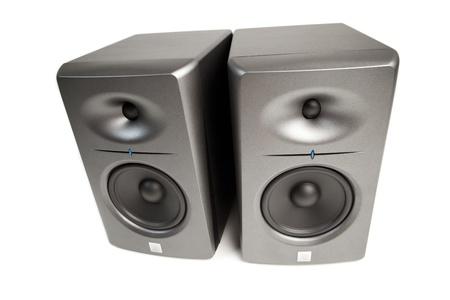 highend: monitor audio da studio - high-end altoparlanti, isolato su bianco
