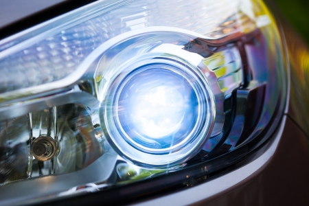 headlights: xenon headlamp optics, close-up view