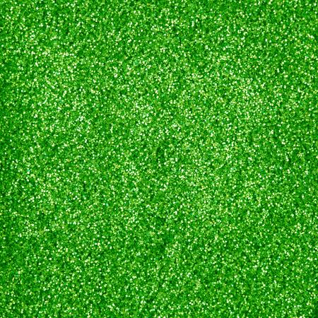 glitter makeup: maquillaje brillo verde en polvo de textura