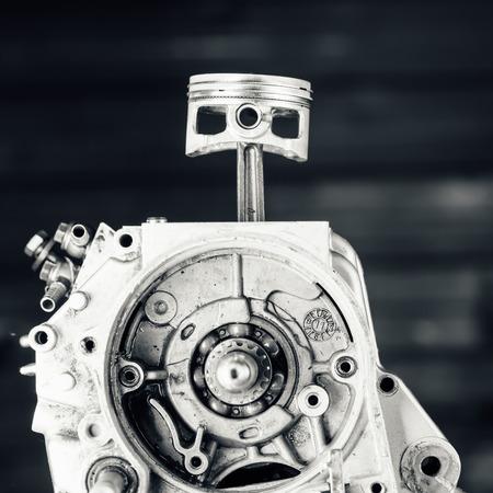 kilowatt: engine driving shaft bearing and piston