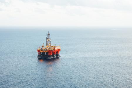 plateforme pétrolière et gazière offshore Banque d'images