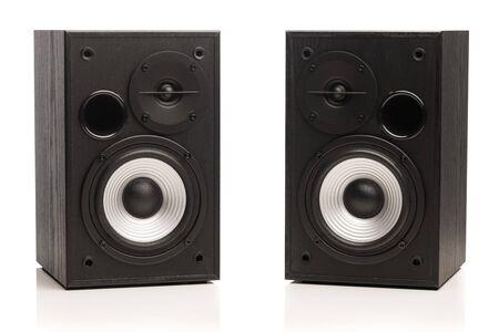 altoparlanti audio, isolati su bianco