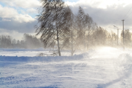 sweeps: The evening turned into a snowstorm for the village okolitsej