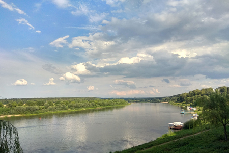 Beautiful Oka River and Summer Evening Nature Scenery 2018 版權商用圖片