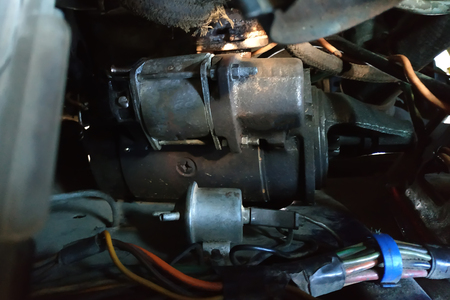 Starter of an old Russian car in bad technical condition, which needs to be repaired 2020 Imagens