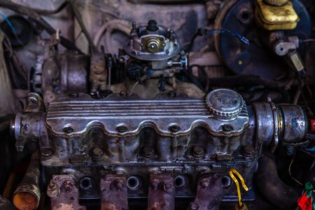 The modern engine of the European car is open for routine maintenance 2020 Stockfoto
