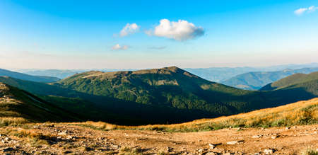 Carpathian landscapes and panoramic views of the Carpathian mountains and the Montenegrin ridge. new Standard-Bild