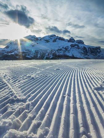 dolomite: Dolomite\\