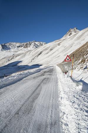 Alpine\\