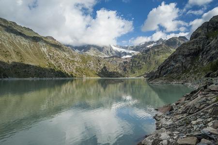ambiente: Lago alpino Stock Photo
