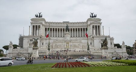 altar of fatherland: Rome 05152015: the altar of the Fatherland is the most important memorial monument in Italy. In every commemoration of the Italian repubblic the Italian President comes there to depot in flowers crown