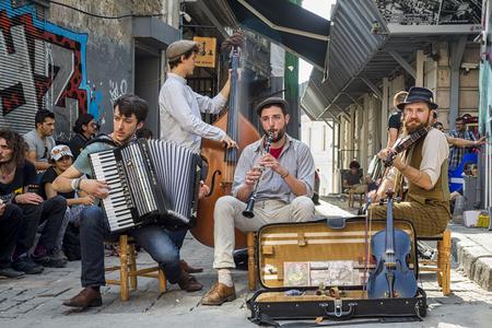Istanbul street musicians