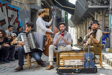 young musician: Istanbul street musicians