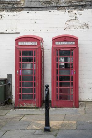 telephone: Btitish telephone cabins