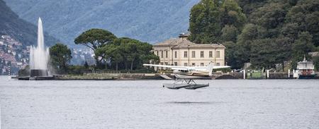lake como: Lake Como seaplane