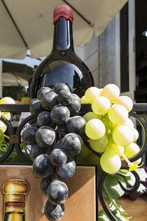 fale: Fale grape composition