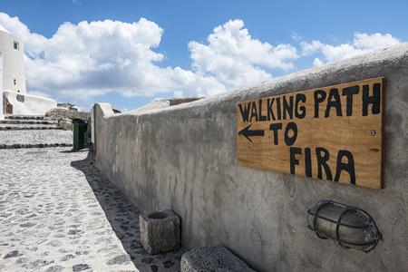 fira: Path from Oia to Fira