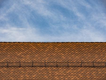 sud tirol: Old alpine roof