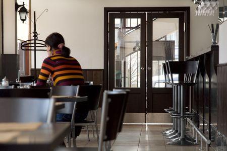 Bild der kleinen Bar Interieur Standard-Bild - 1052469