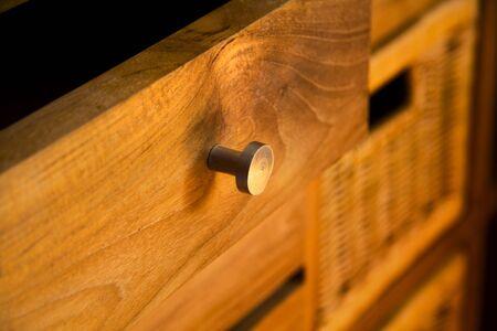 Detail von Holzmöbeln mit Schubladen  Standard-Bild - 1052479