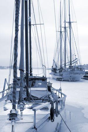 Yachten im Hafen - Winter  Standard-Bild - 1067757