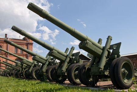 Artillerie Pistolen, Artillery Museum, St. Petersburg, Russland Standard-Bild - 3284023