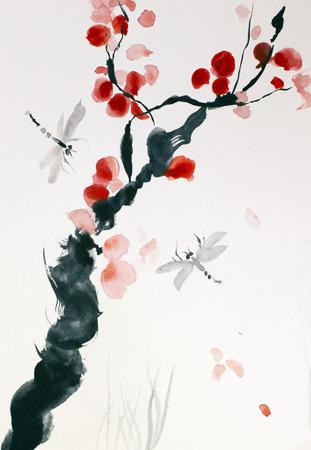kersenbloesems en vliegende libelle Stockfoto